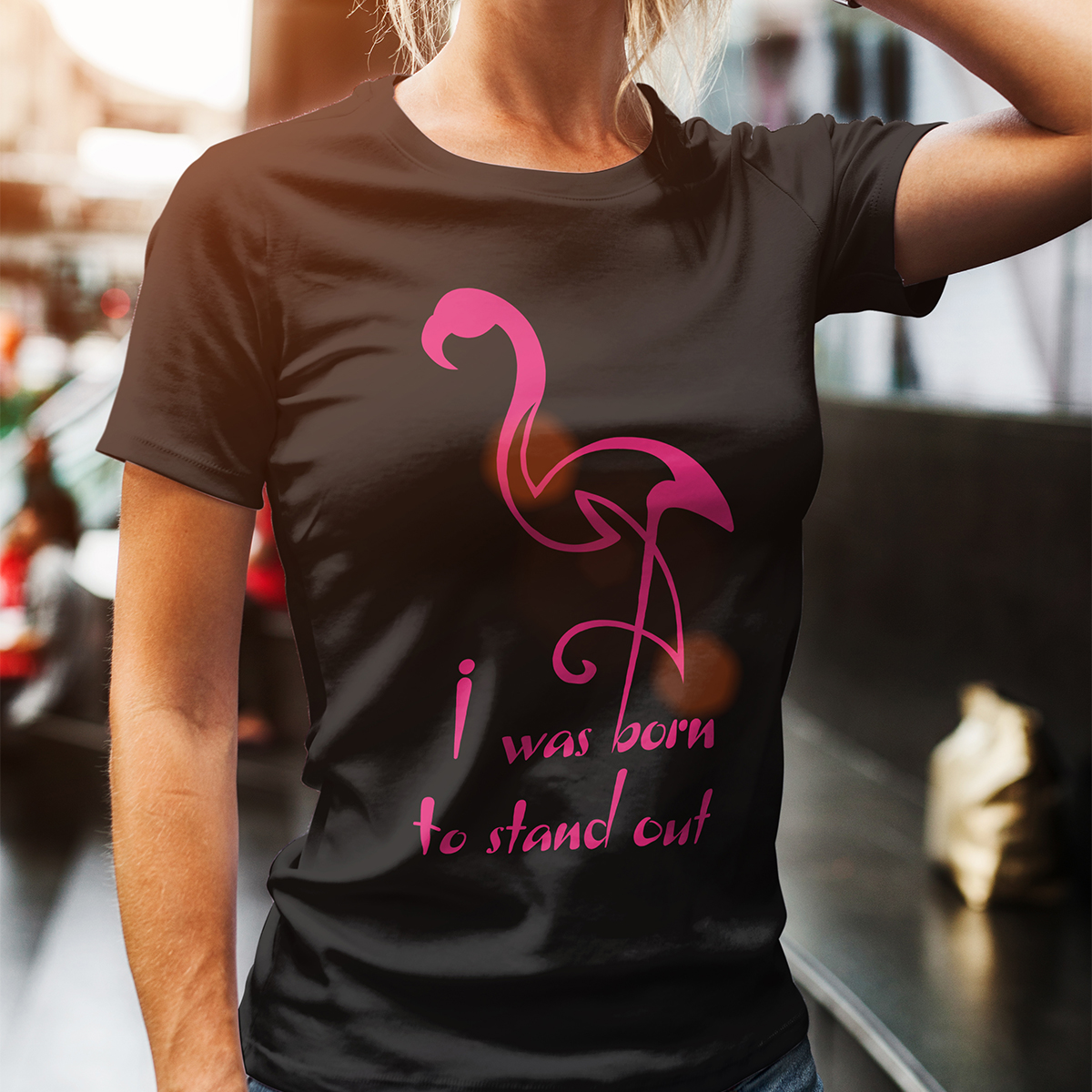 Tricou Femei Flamingo Stand Out2
